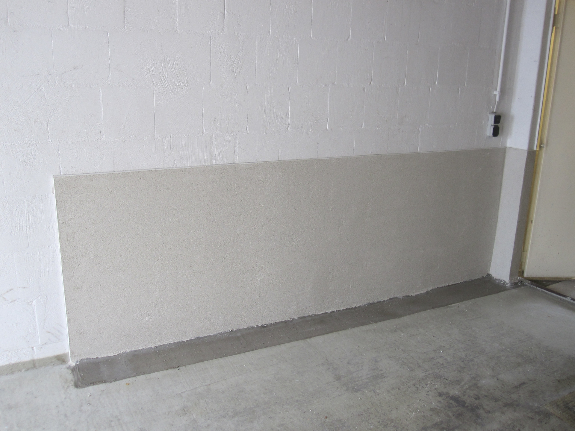 abdichtung einer feuchten garagenwand in paderborn dr dicht gmbh. Black Bedroom Furniture Sets. Home Design Ideas